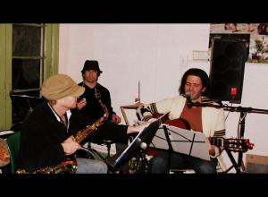 Thiago Winterstein and friends provide mellow bossa nova
